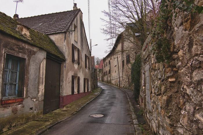 Goussainville, Abandoned Town in France