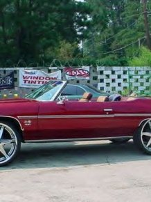 American cars with huge chrome wheels