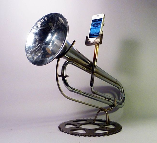 Awesome iPhone Amplifiers