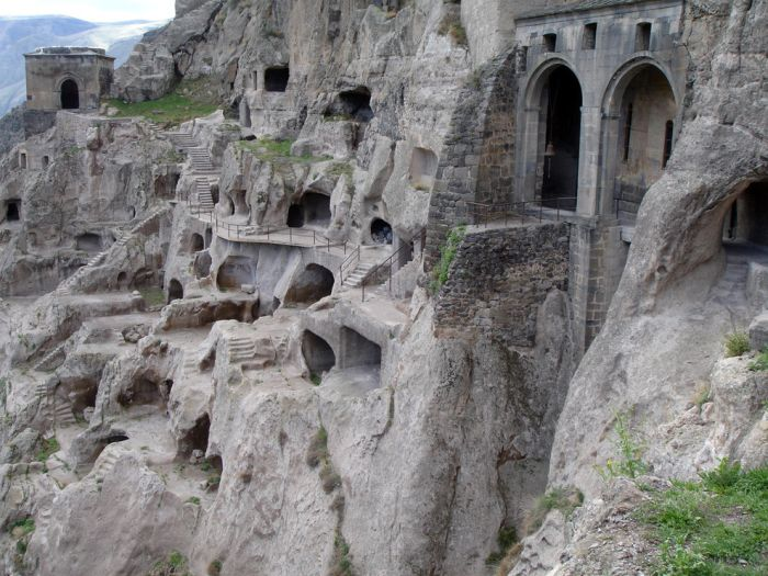Impressive Underground Homes
