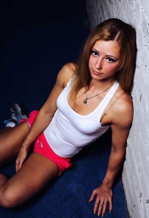 Powerlifting Champ Aya Antipova