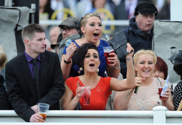 Aintree Grand National 2013 Ladies Day