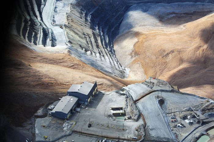 bingham canyon single asian girls The bingham canyon mine (image center) is one of the largest open-pit mines in  the world, measuring over 4 kilometers wide and 1,200 meters deep located.