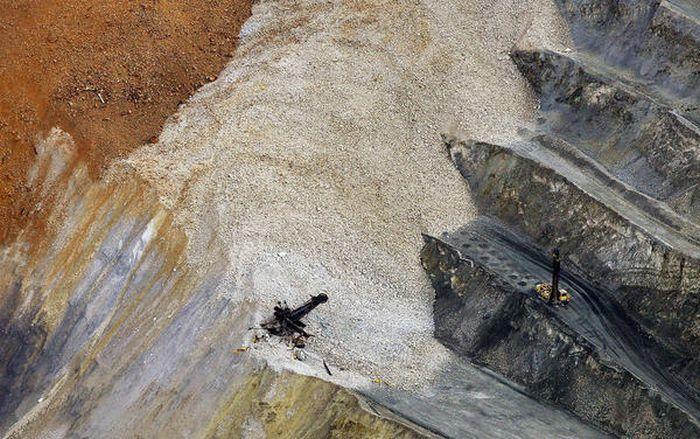 Landslide Aftermath in Kennecott's Bingham Canyon Mine