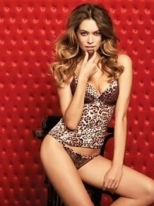 Nataliya Tkalina in sexy lingerie