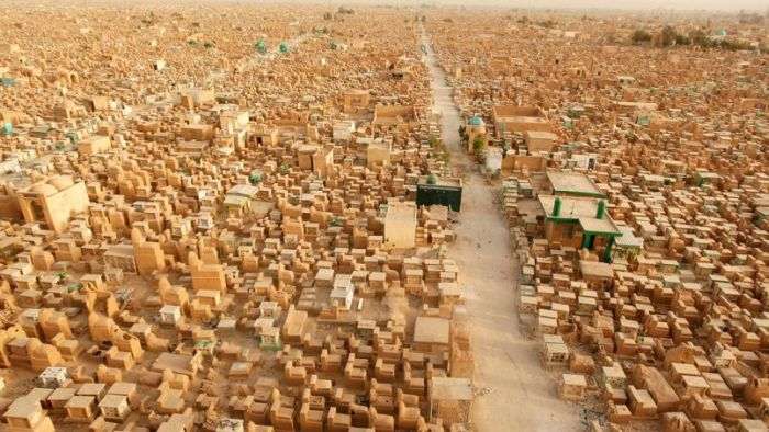 Wadi Al-Salaam is the Largest Cemetery in The World