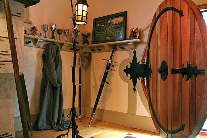 Hobbit House For Tolkien Fan