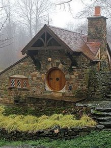 Hobbit House For Tolkien Fan