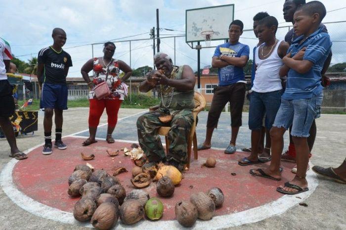 The Coconut Peeler