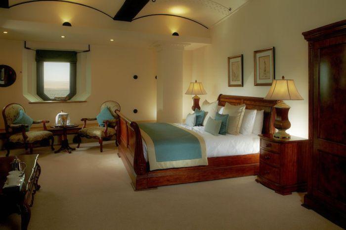 Spitbank Fort Hotel