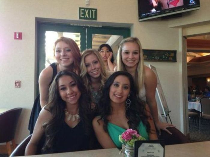 Photobombs, part 14