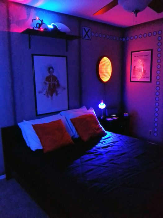 Awesome Portal Themed Bedroom