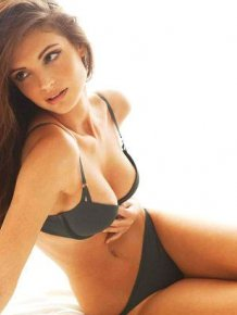 Charlbi Dean Kriek – sexy pics