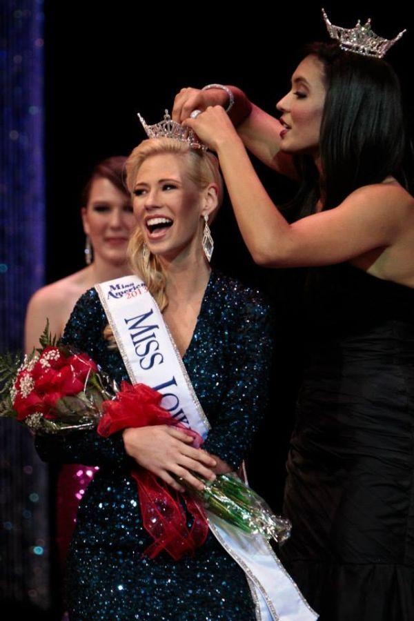 Miss Iowa 2013, Nicole Kelly
