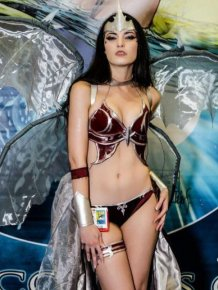 The Hottest Cosplay Girls Ever