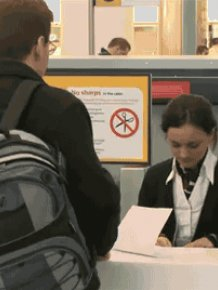 What Happens to Your Bags in the Airports