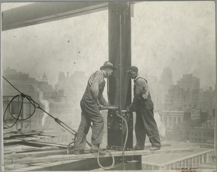 The Construction Process of the Empire State Building