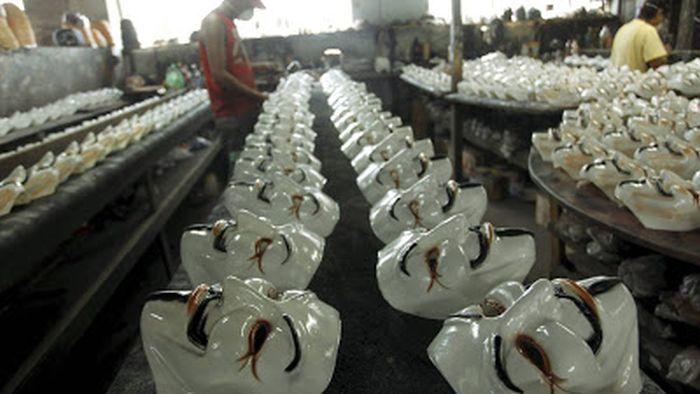 Production of the Iconic Guy Fawkes Masks