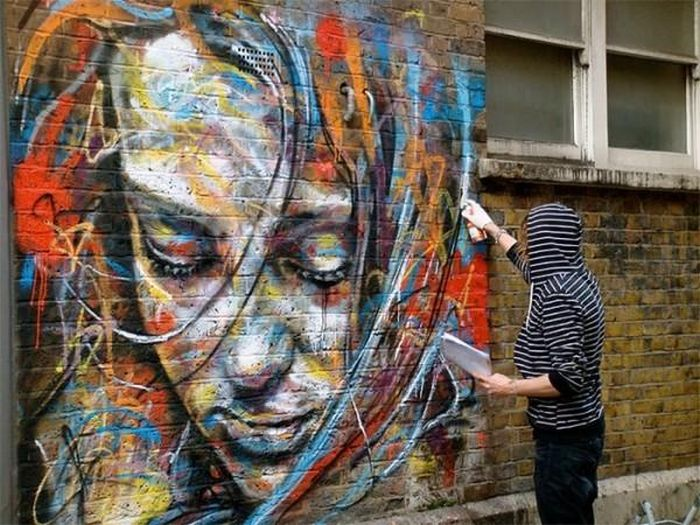 Spray Paint Portraits Without Brushes and Stencils