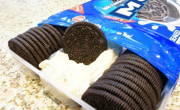 Moreo, Improved Oreo Cookies