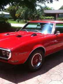 1968 Pontiac Firebirds