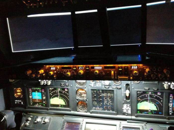 Boeing 737 Cockpit at Home