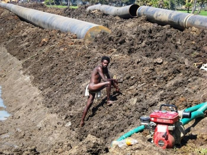 Construction of the pipeline in India