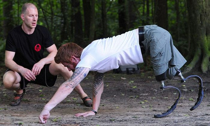 Double Amputee Soldier to Tackle Race from Hell