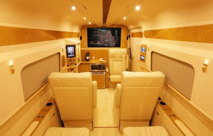 Luxury Van