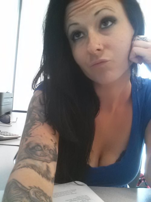 Hot girls bored at work