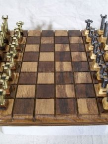 Amazing Bullet Chess Set