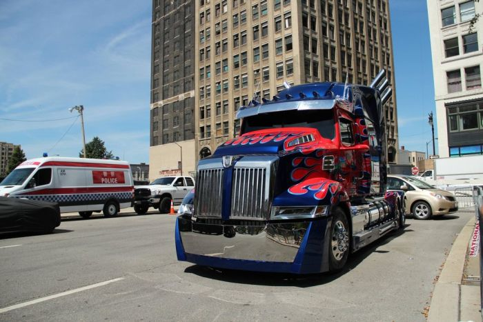On the Set of the Transformers 4, part 4