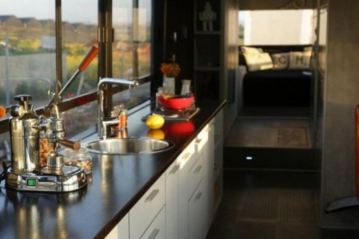 Women Turn an Old Bus into a Nice Home