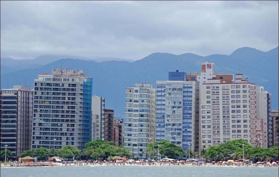 Santos - a sinking city in Brazil