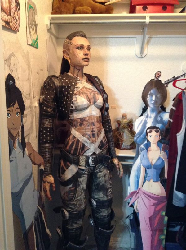 Life-Size Papercraft Model Of Mass Effect's Jack