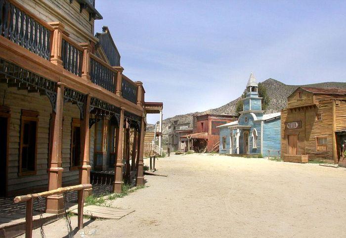 Abandoned Western Sets