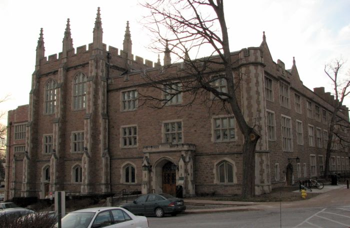 College Campuses That Looks Like Hogwarts