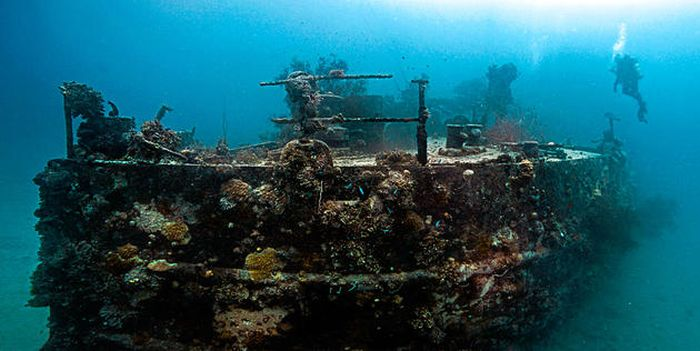 Chuuk Lagoon is the Largest Graveyard Of Ships