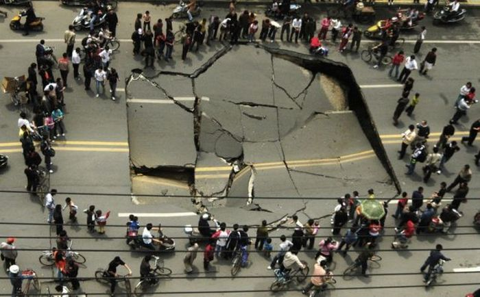 Pictures of Sinkholes