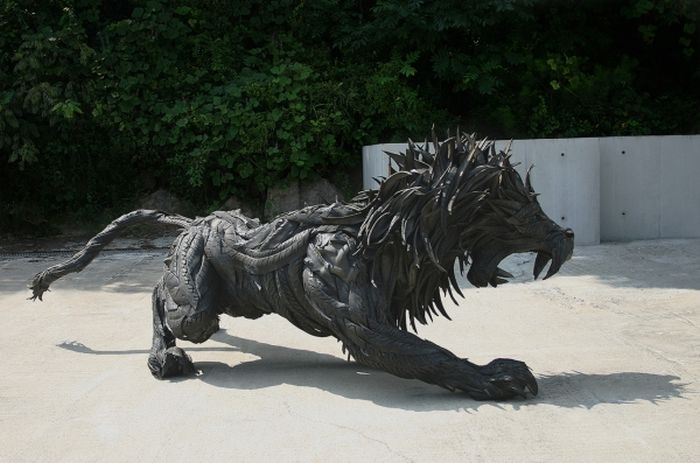 Sculptures Made Out of Old Tires
