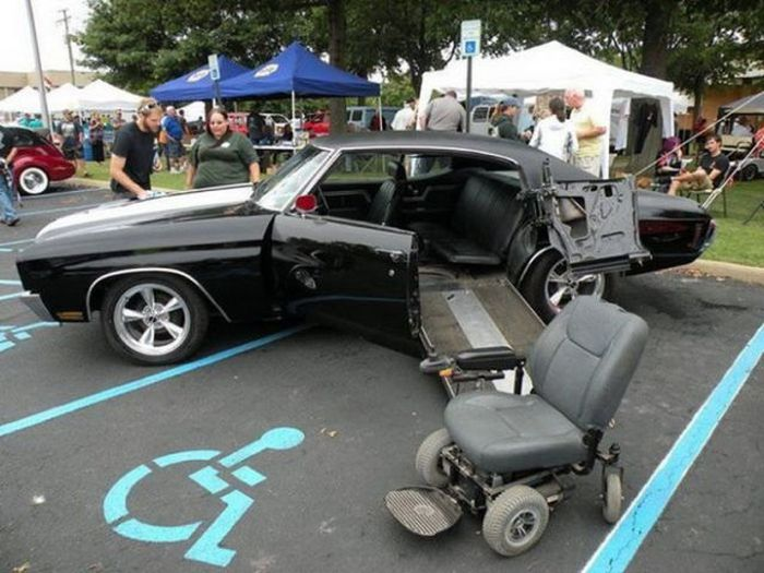 Funny Car-Themed Photos, part 6