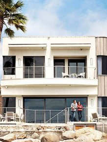 Bryan Cranston's Beach Side House in Los Angeles