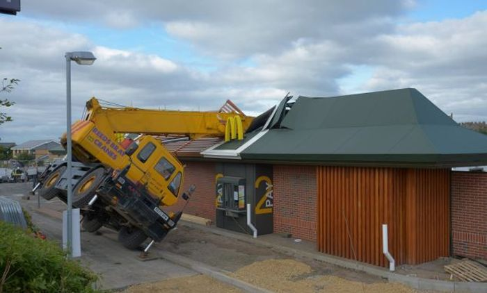 Crane Demolishes the Roof of a McDonald's Restaurant Read