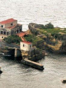 Gaiola Island is Doomed