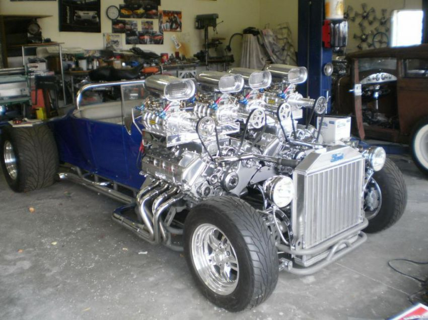 Hot-rod 1927 Ford Model T with two engines   Vehicles