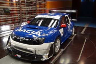 Rally Dacia Duster with engine from Nissan GT-R