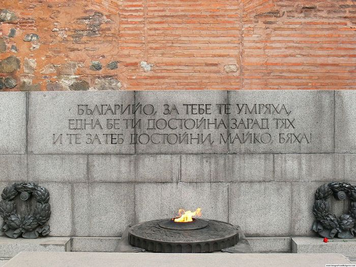 Tomb Of The Unknown Soldier From Around The World