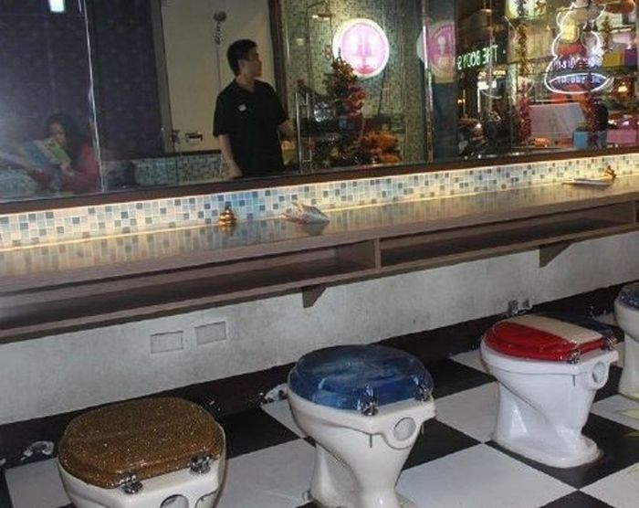 Toilet Restaurant in China