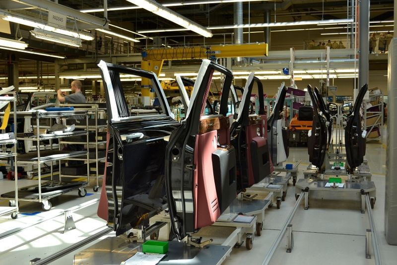 Where Is Porsche Made >> Rolls-Royce plant in Goodwood | Vehicles