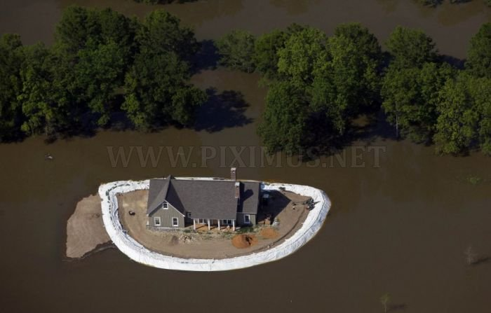 Mississippi Homeowners Build Their Own Dams